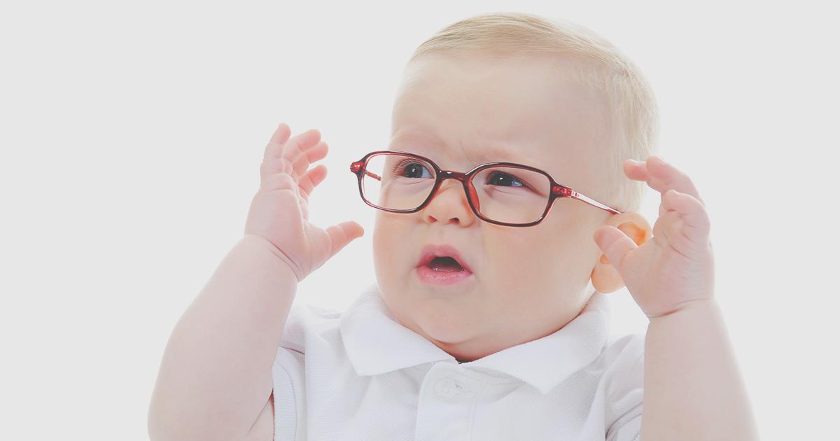 dzieci, które pierwszy raz zakładają okulary